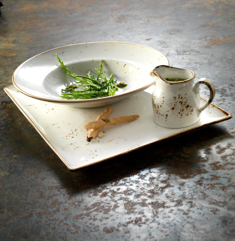 Craft-White-Place-Setting-Close-up.jpg